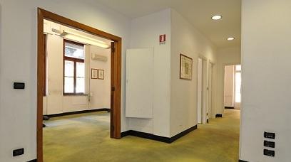 Affitto Ufficio A Genova : Immobiliare zb negozio genova in affitto locali commerciali muri