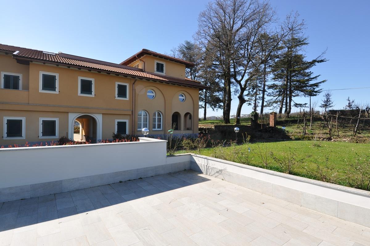 Immobiliare zb vendita ovada villa gioia vendite residenziale zone varie agenzia immobiliare - Prezzi piscine albaro ...