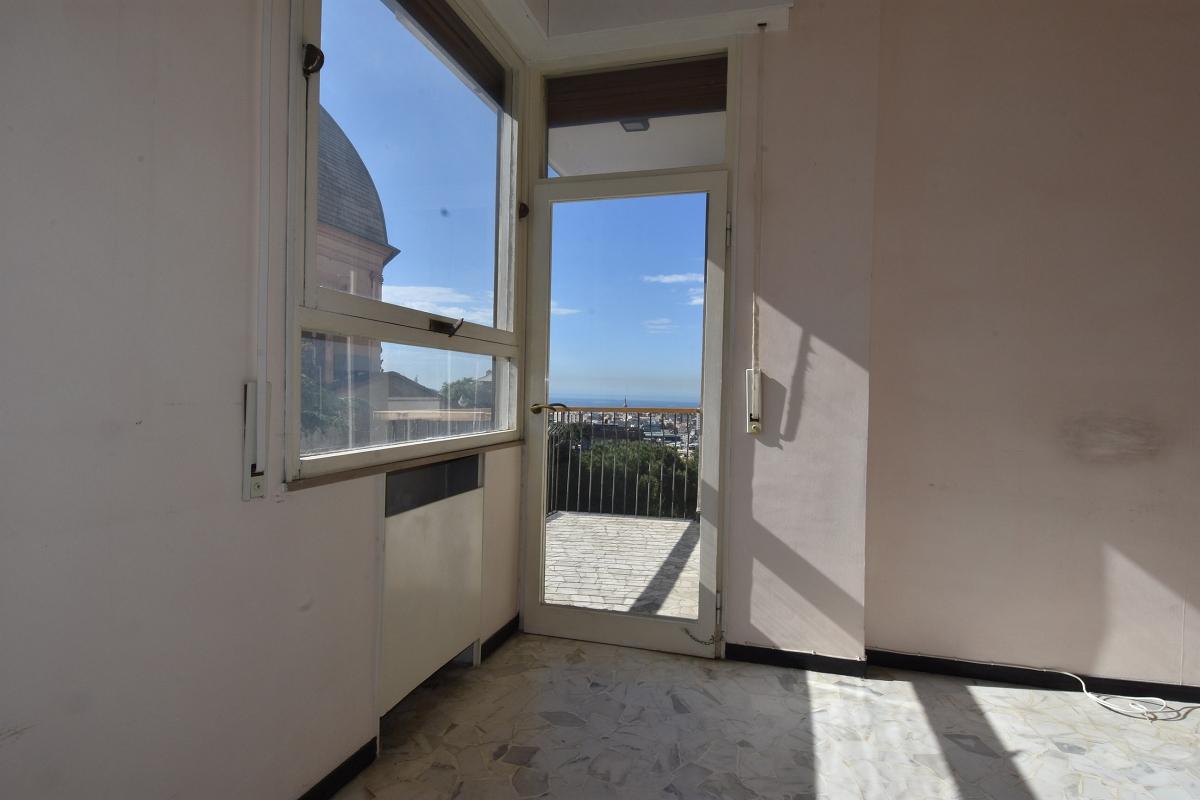 Immobiliare ZB Castelletto Via Crocco, appartamento con terrazzo ...