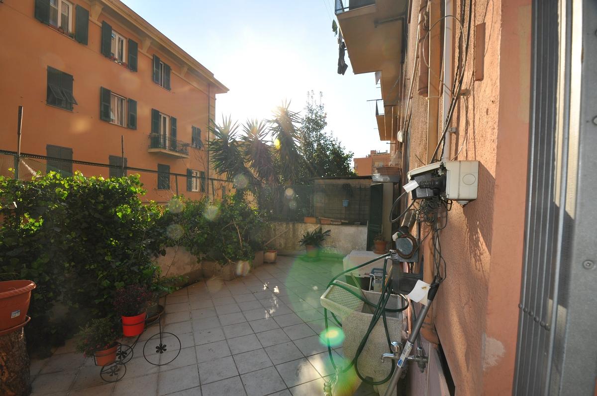 Immobiliare ZB Via Montello, appartamento con terrazzo al piano ...